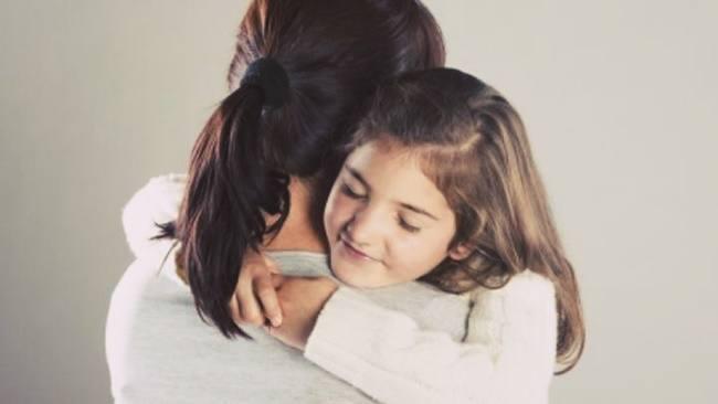 th orie et lien d 39 attachement un attachement s cure aidera l 39 enfant grandir. Black Bedroom Furniture Sets. Home Design Ideas