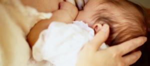 Récit : J'adorais allaiter, j'étais morphologiquement faite pour ça, mais…