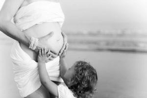 Dans la douceur des mamans d'enfants rapprochés: témoignages et conseils
