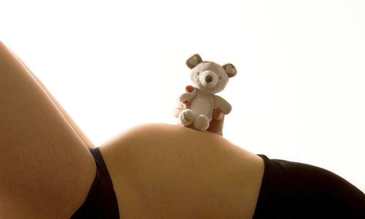 Une procédure révolutionnaire permettra aux femmes qui ont survécu à un cancer une chance de tomber enceinte