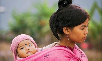 Le portage physiologique, un atout pour le développement de bébé