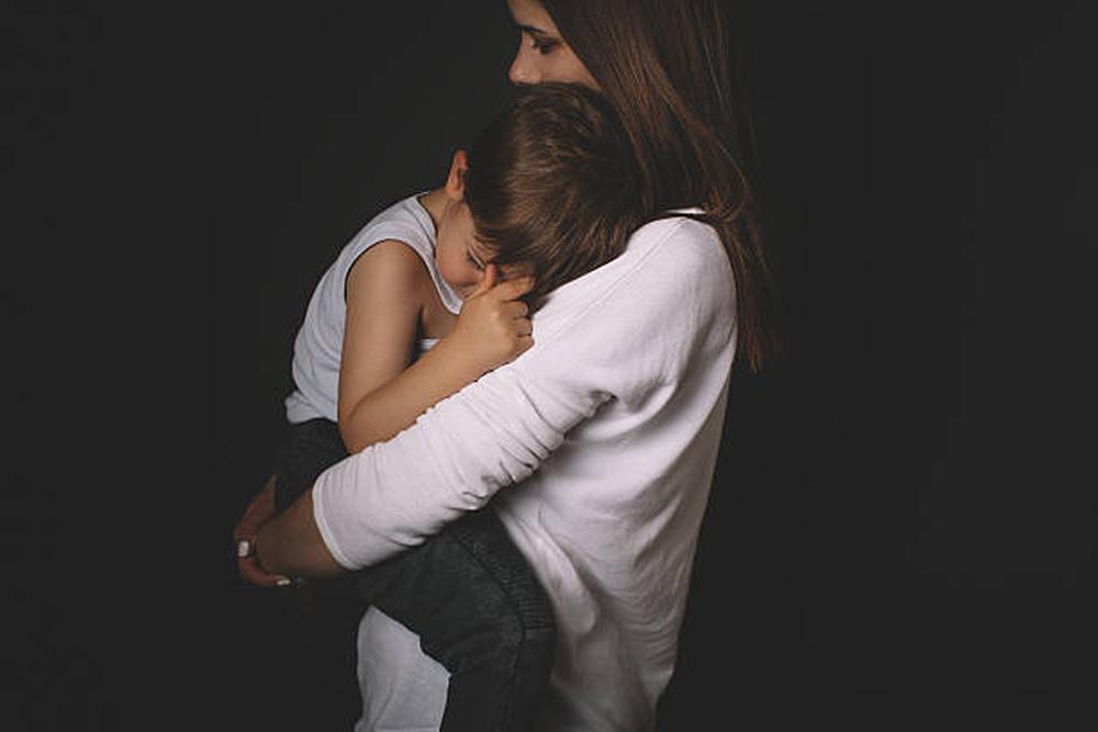 Comment me reconnecter à mon enfant après avoir crié ?