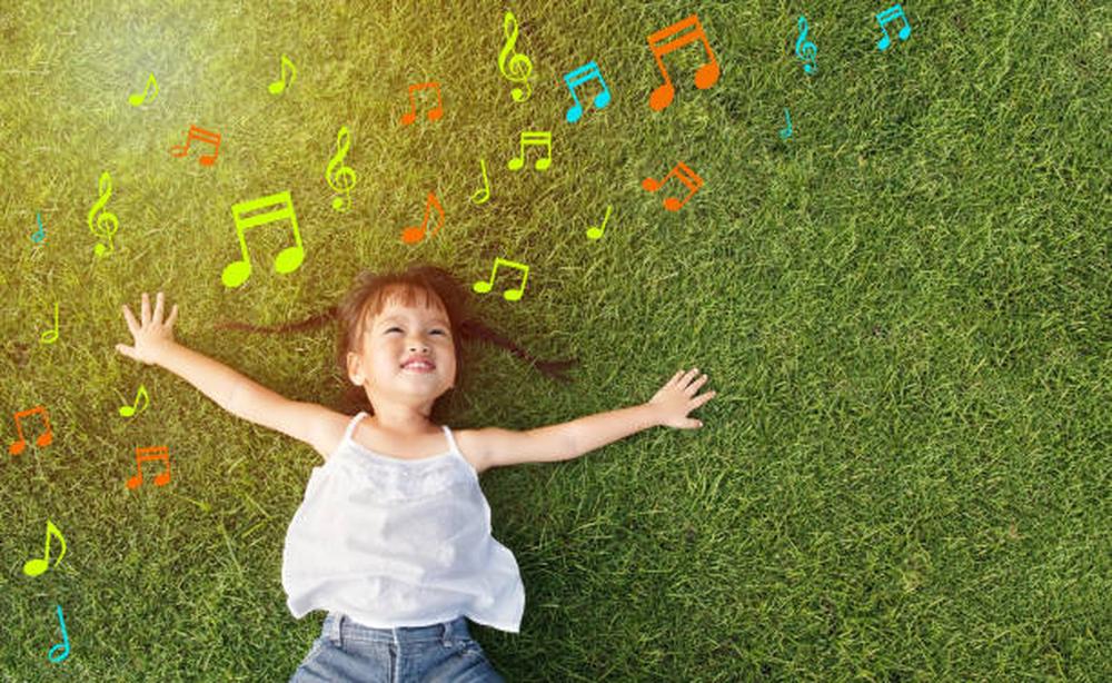 L'éveil aux sons: une activité éducative et ludique à pratiquer en famille
