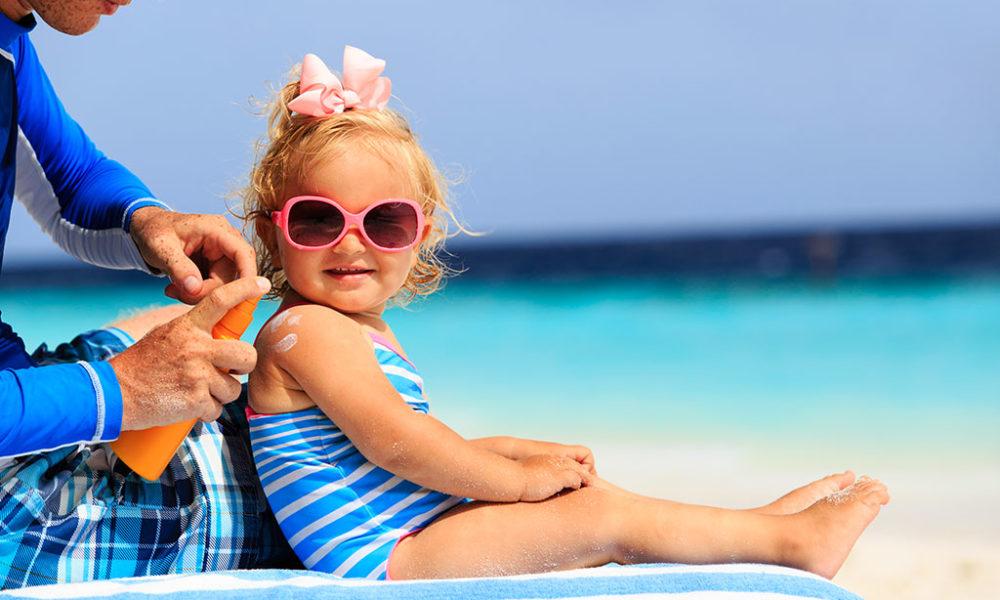 Étude Bébé et soleil   Les dangereuses habitudes des parents c29e2469160f