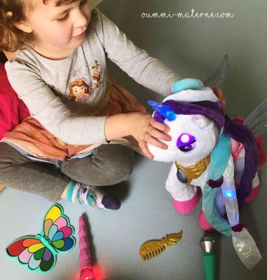 {Noël} On a testé Mila, ma licorne maquillage magique