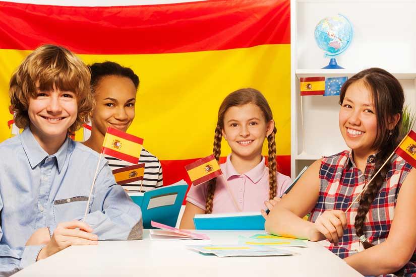 Age d'un Enfant pour Apprendre l'espagnol